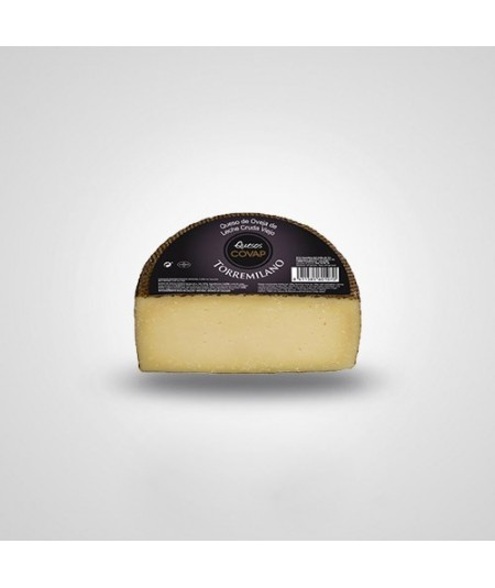 Queso Torremilano COVAP de Oveja. Queso añejo elaborado con leche cruda de oveja siguiendo la receta tradicional. Sabor fuerte e