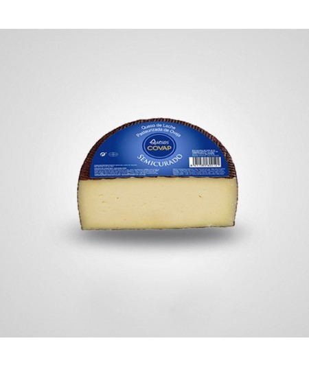 Semi-Cured Cheese by COVAP, made with 100% pasteurized sheep´s milk. This is a mild creamy cheese with a very pleasant flavor.